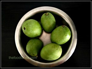 unripe mangoes for pickle