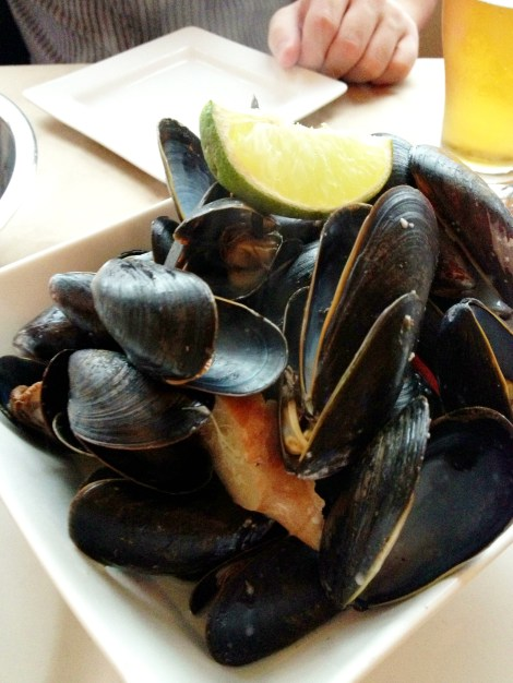 Thai Coconut Curry Mussels