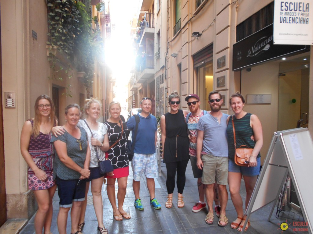 Group outside the Escuela de Arroces y Paella Valenciana