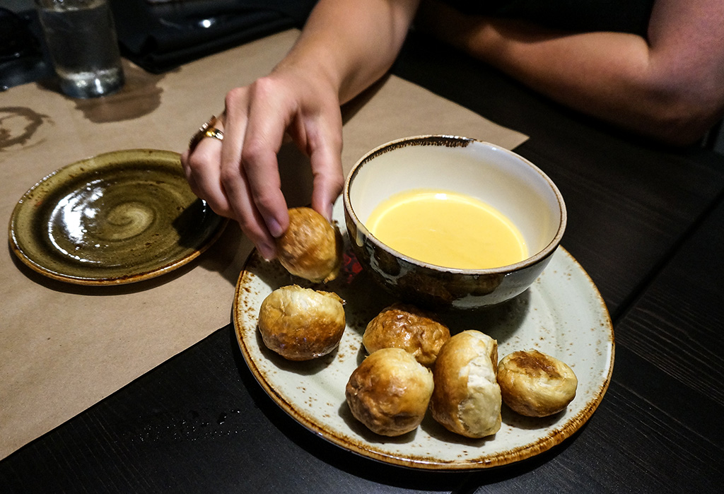 Pretzel Bites with Cheese Sauce.The Food Girl in Town