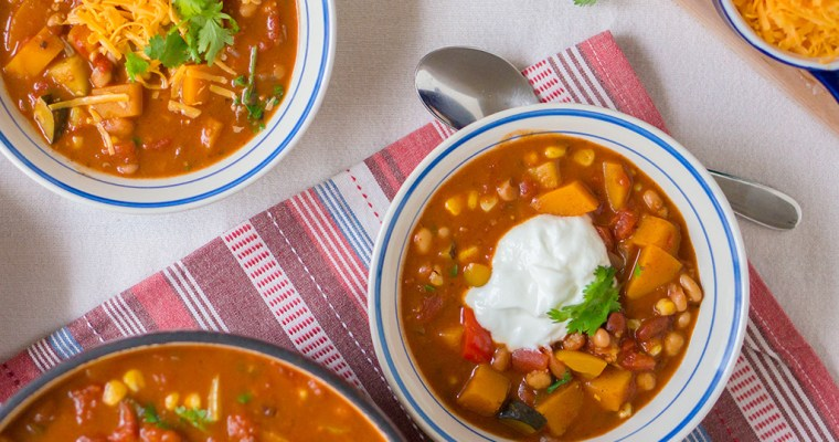Rustic Veggie Chili Recipe | Dairy Farmers of Canada 2018 Milk Calendar
