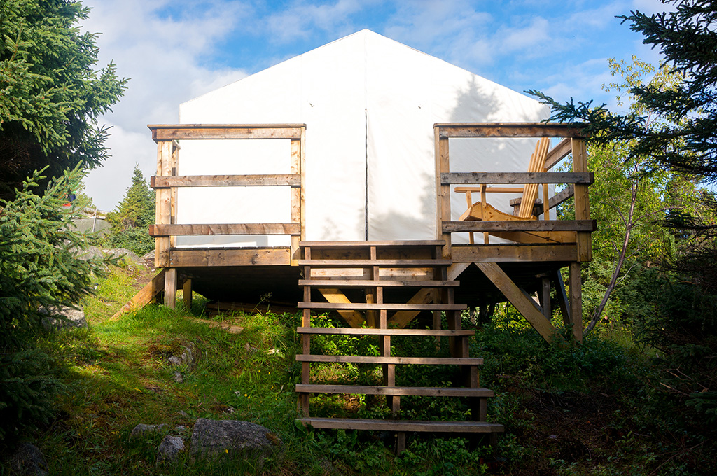 Fox Exterior Glamping in Newfoundland