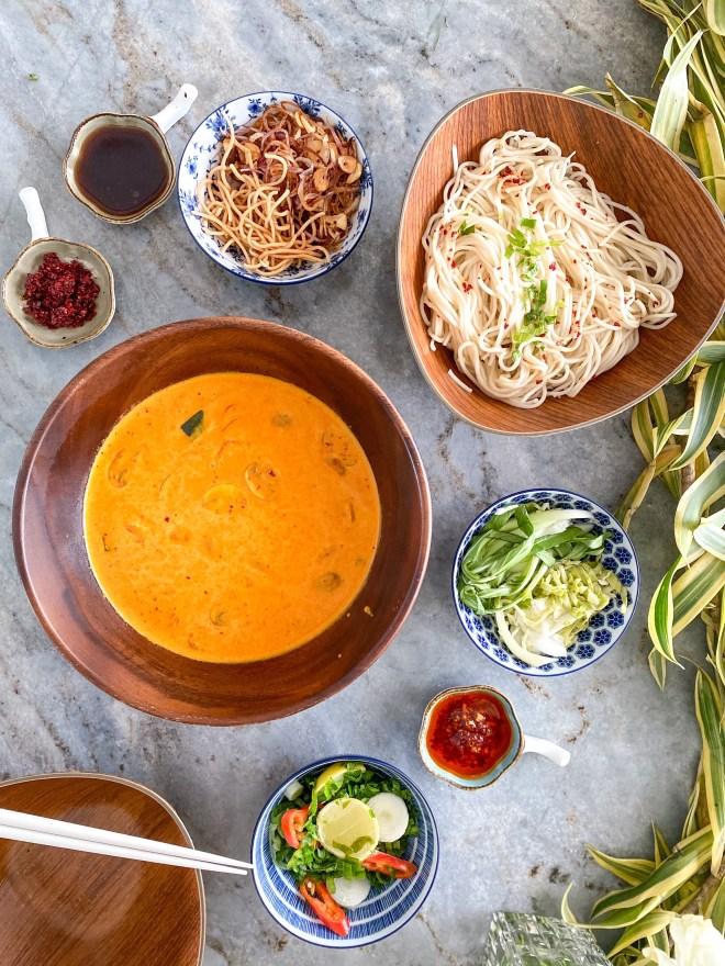 vegan thai khao soi