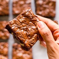 Gooey Brown Butter Walnut Brownies Recipe