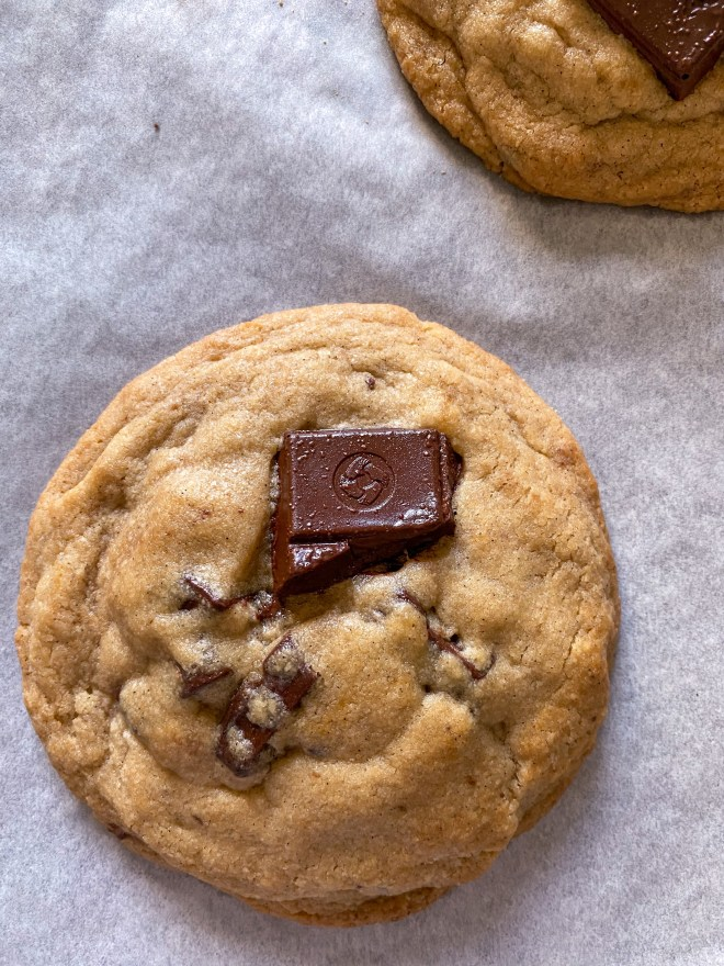eggless Levain Bakery chocolate-chip cookies recipe