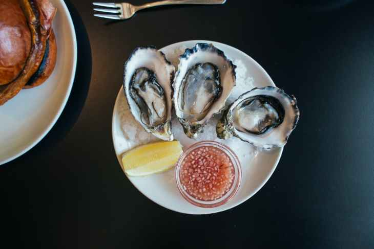 delicious oysters served in restaurant