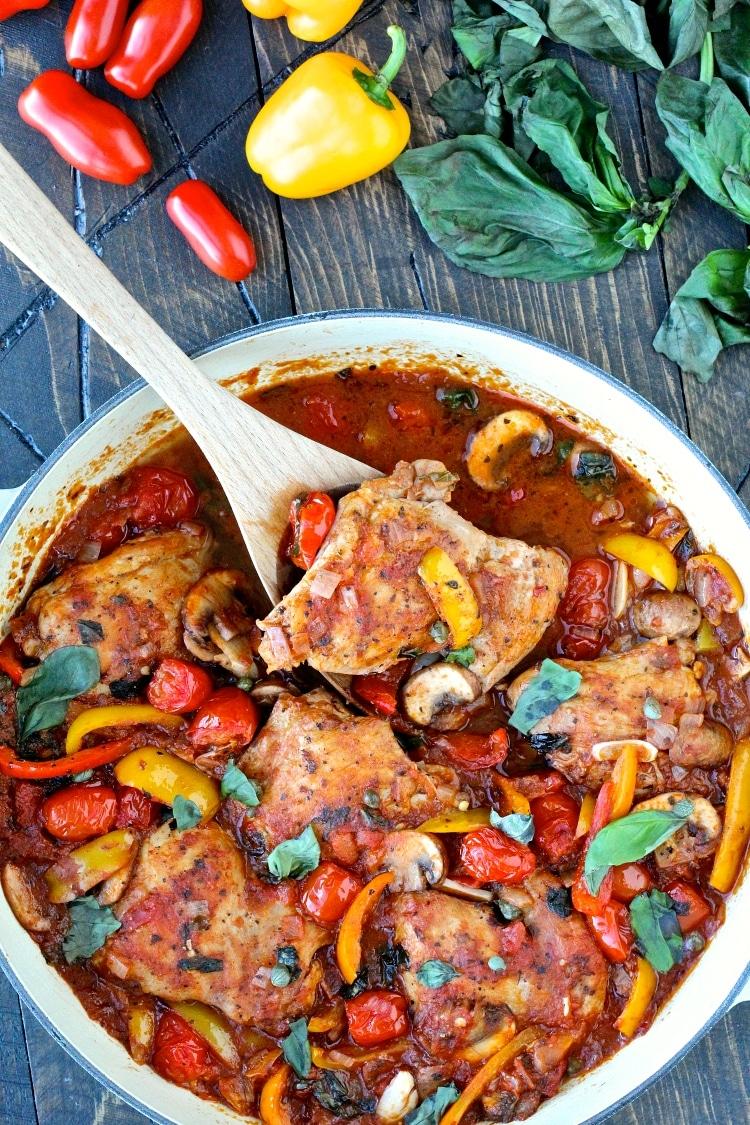 Quick & Easy Chicken Cacciatore | @foodiephysician