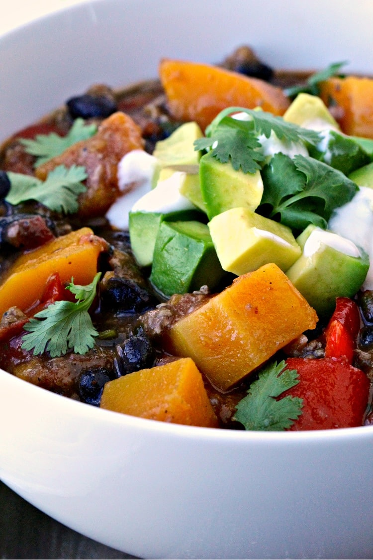 Butternut Squash and Turkey Chili | @foodiephysician