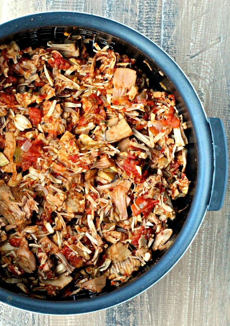 Slow Cooker Jackfruit Tacos | @foodiephysician