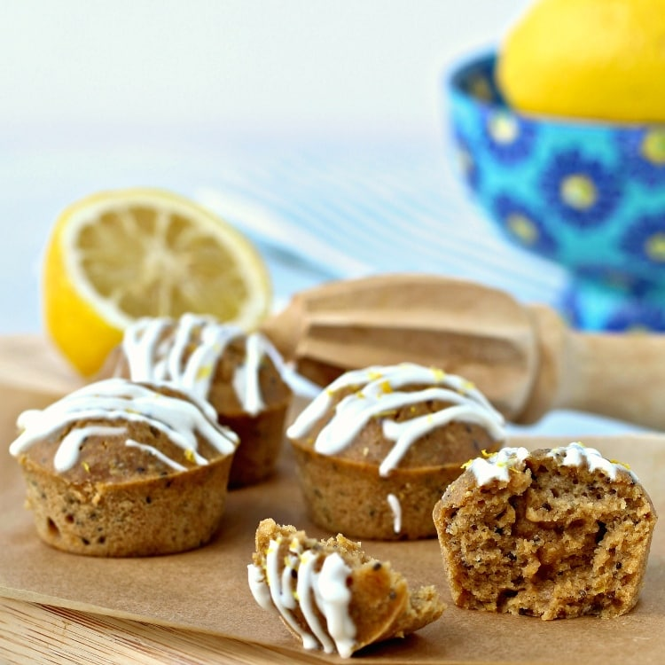 Lemon Chia Snack Muffins | @foodiephysician