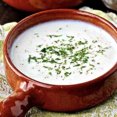 Creamy Cauliflower Comfort Soup