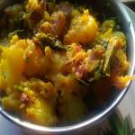 Aloo Methi (Potatoes and Fenugreek Leaves Fry)
