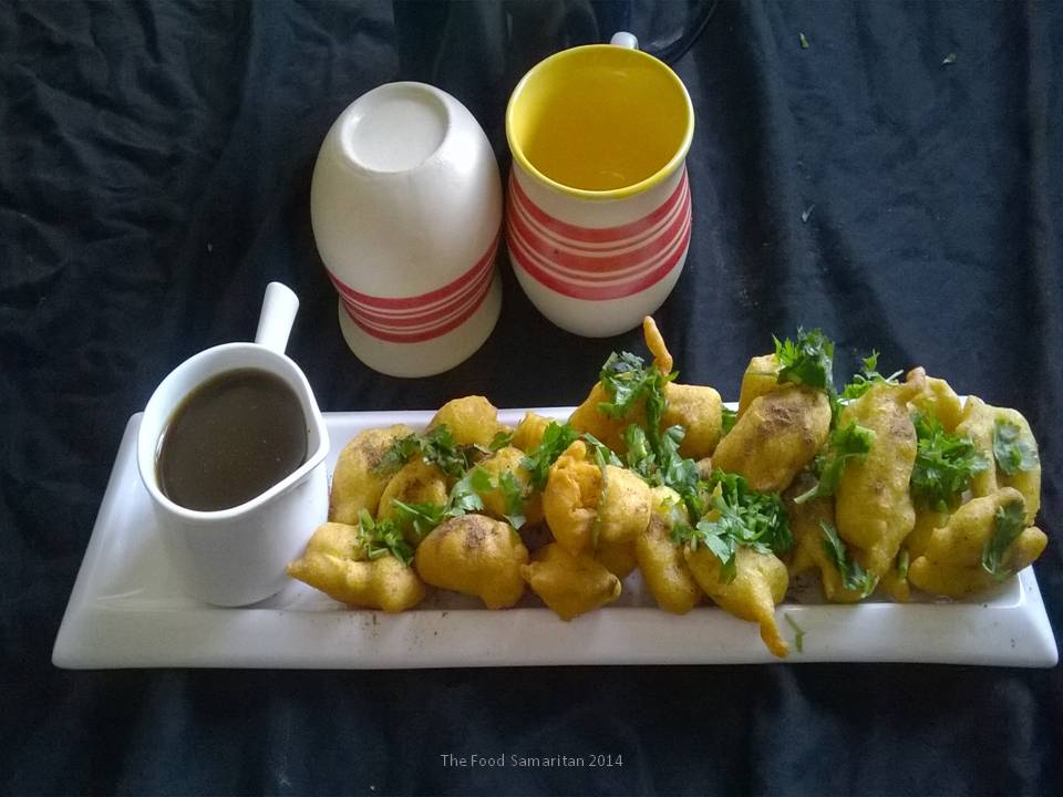 Khatte Meethe Pakode(Sweet and Sour Fritters)