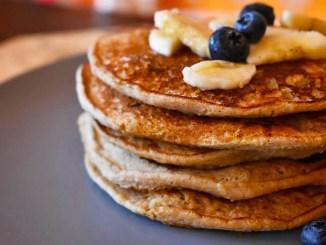 Banana Oats Protein Pancakes