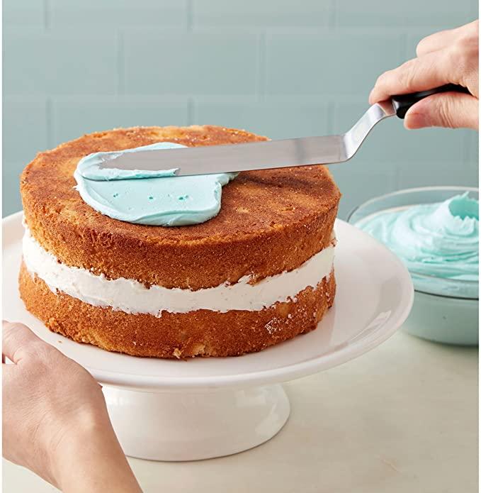 Wilton Icing Spatula, 13-Inch, Angled Cake Spatula