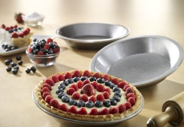 USA Pan Bakeware Aluminized Steel Pie Pan