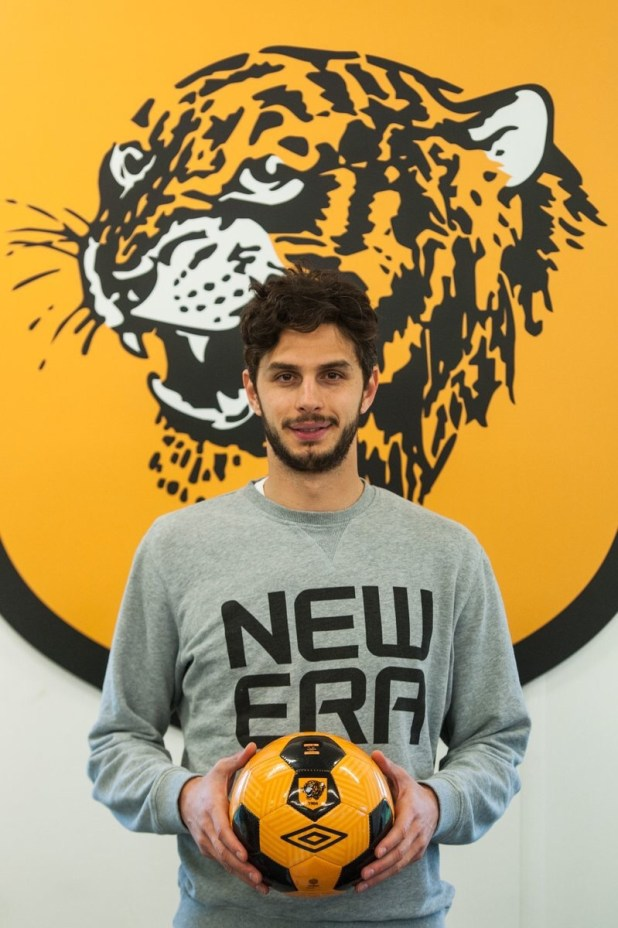 Andrea Ranocchia signs for Hull City