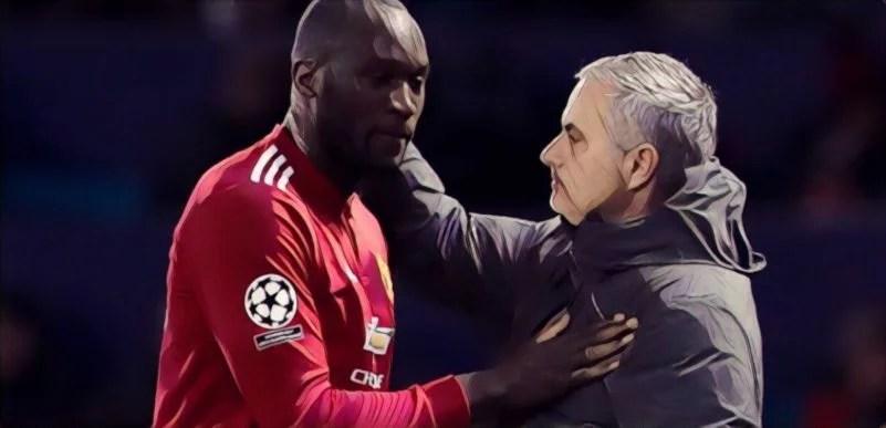 Former Chelsea striker slams Mourinho for his handling of Romelu Lukaku