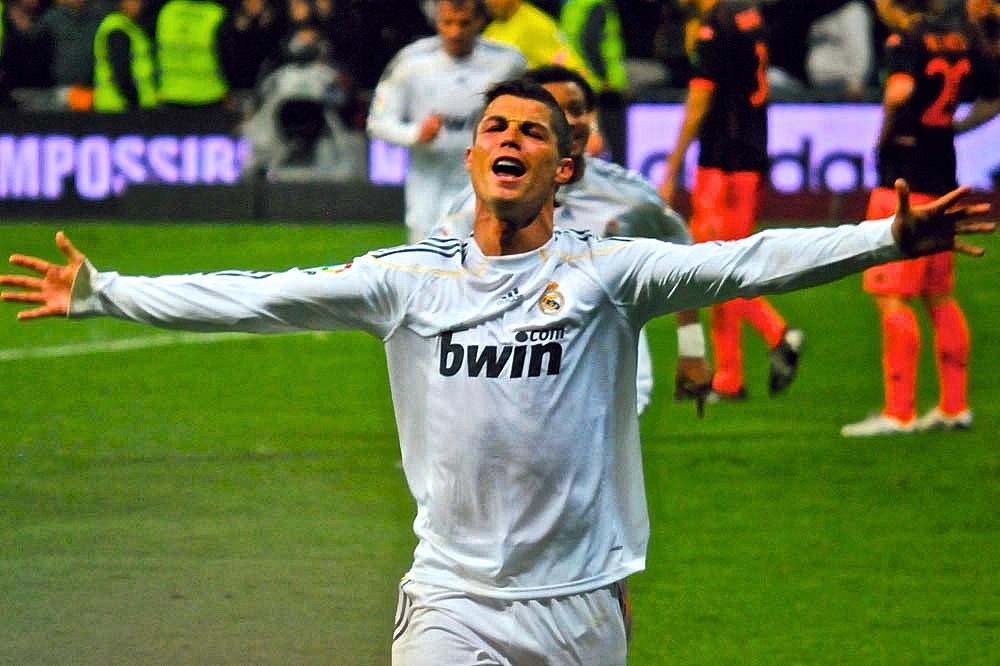 Cristiano_Ronaldo_2,_2010