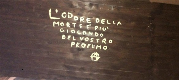 anarchism graffiti in Italy