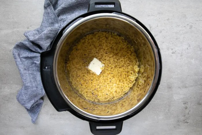 Preparing mac and cheese in the instant pot.
