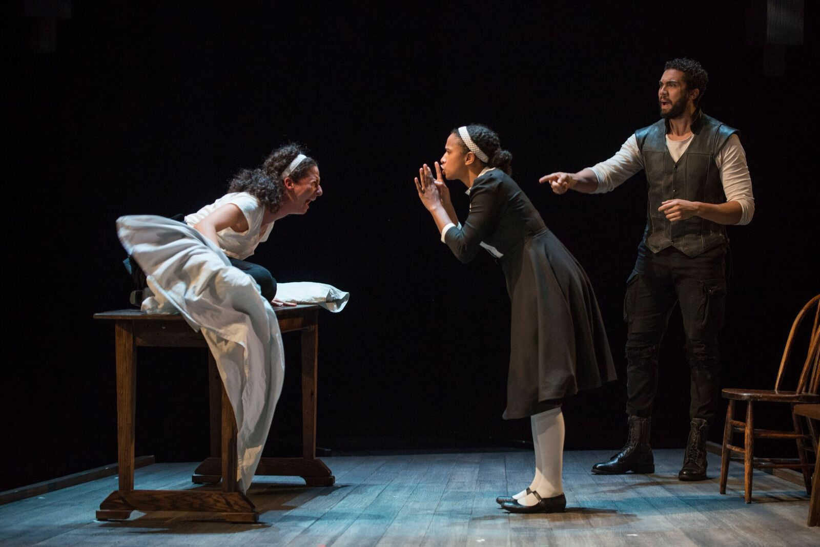 Review The Crucible Steppenwolf Theatre Uncomfortably