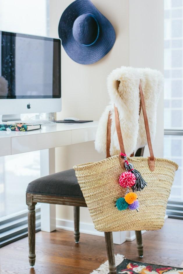 Pom pom crafts, DIY Pom Pom Beach Bag
