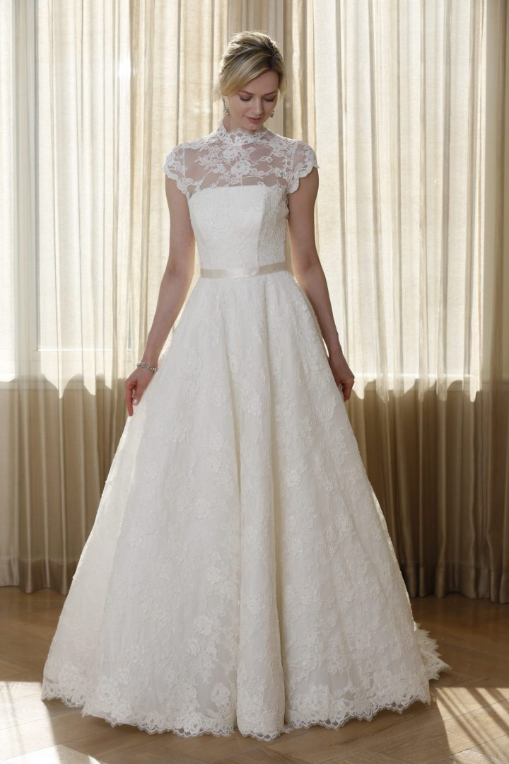 Find The Perfect And Timeless Wedding Dress With Caroline ...