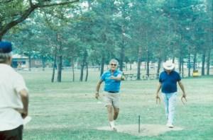 Horseshoes, picnic, 1988, Leonard, Bill, Pau