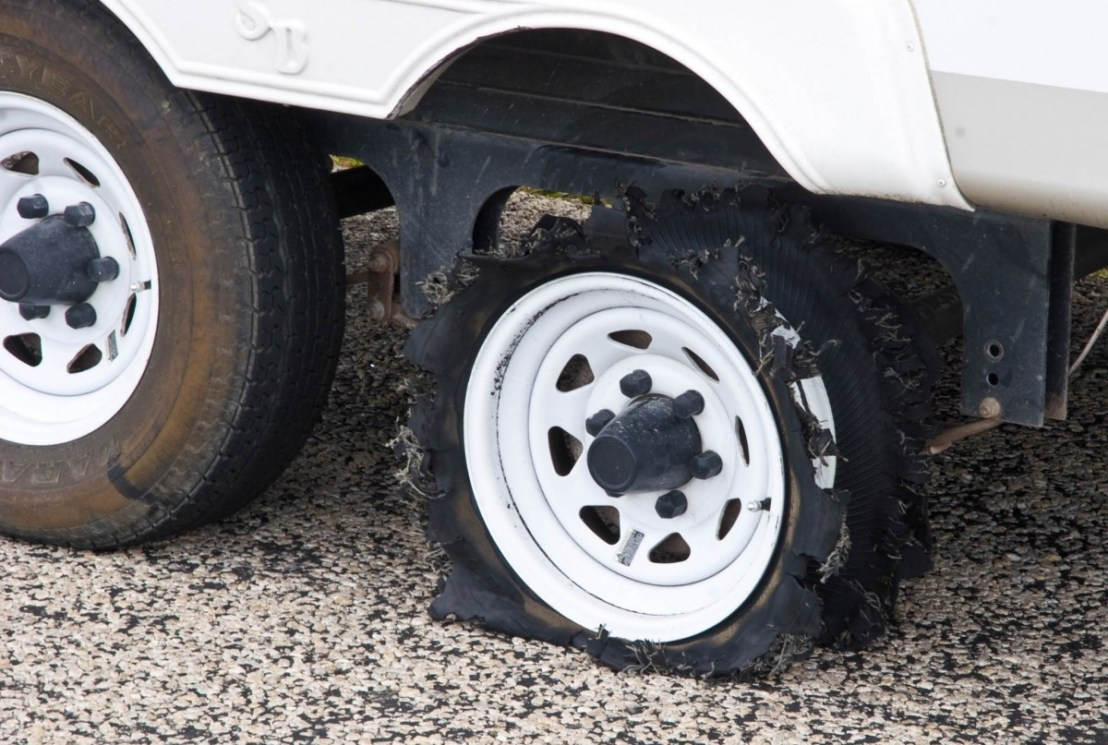 Tire Failure on Fifth-Wheel