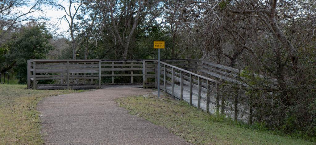 Slippery When Wet Sign Marks The Beginning of Swithbacks