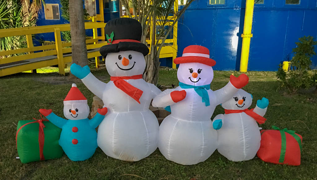Frosty The Snowman Family Photo