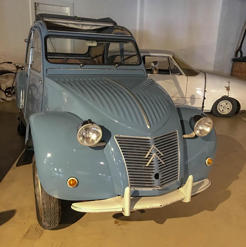 Looks Like Spy Movie French Car