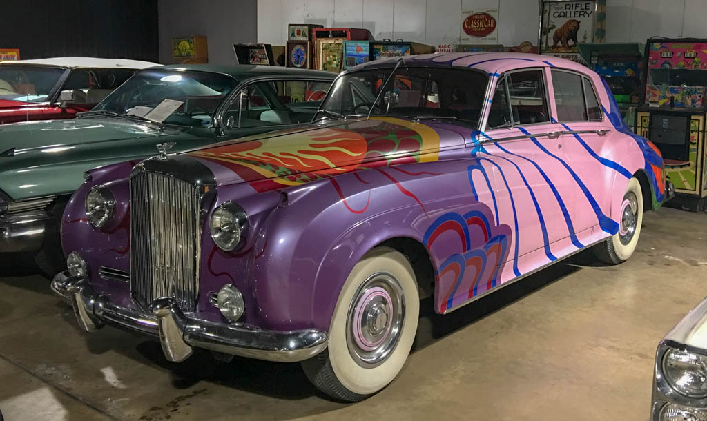 1956 Bentley S1 Psychedelic Replica