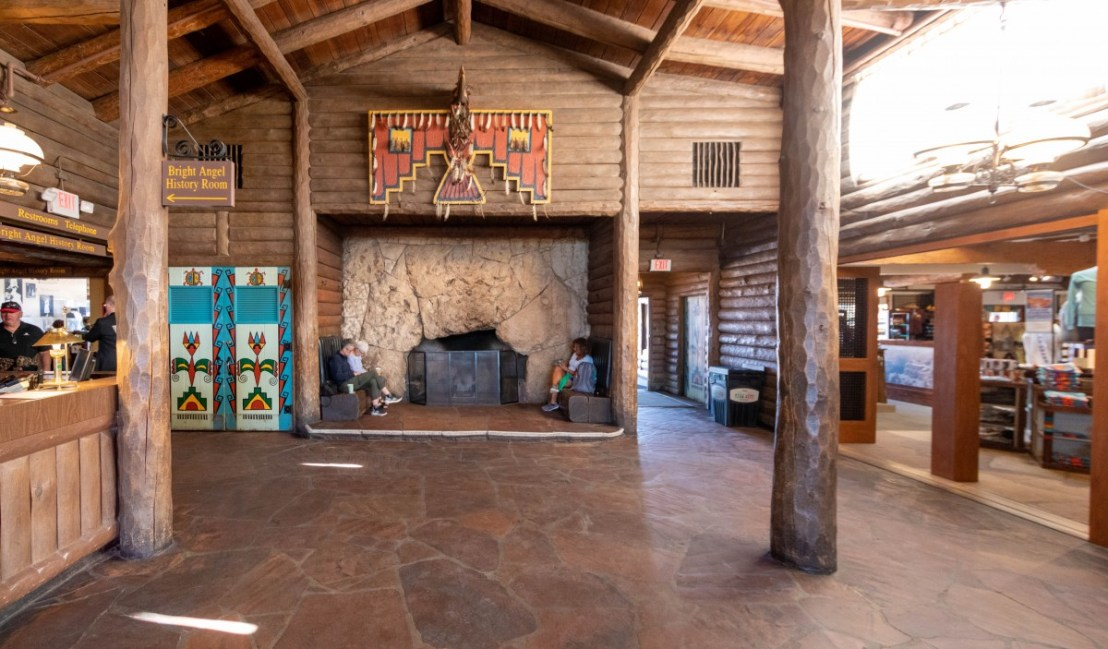 Bright Angel Lodge Lobby Fireplace