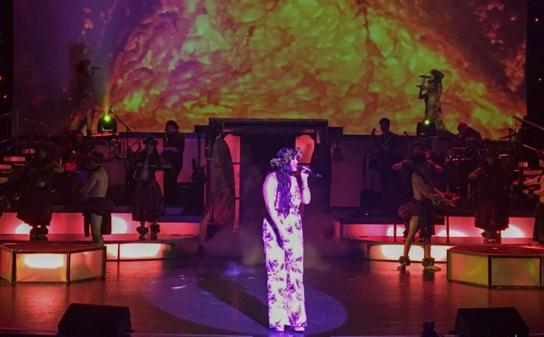 Sienna Souza On Stage