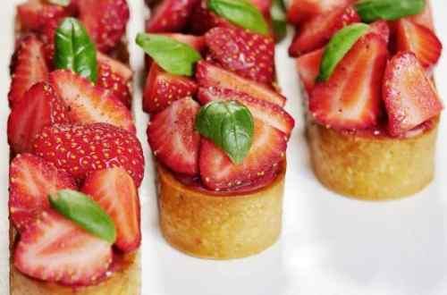 Tartelettes fraise basilic vue de face