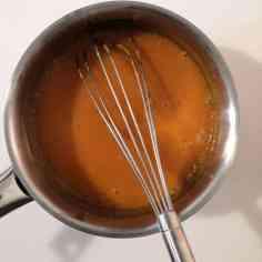 Mélanger glaçage abricot