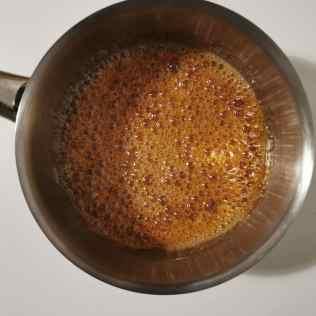 caramélisation sucre et glucose pour caramel Haïti