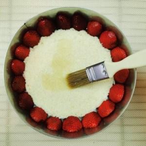 montage fraisier imbibage sirop