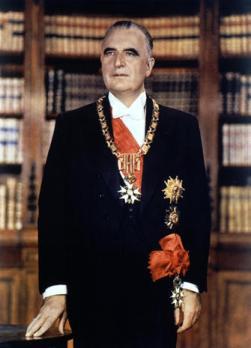Georges Pompidou's official portrait