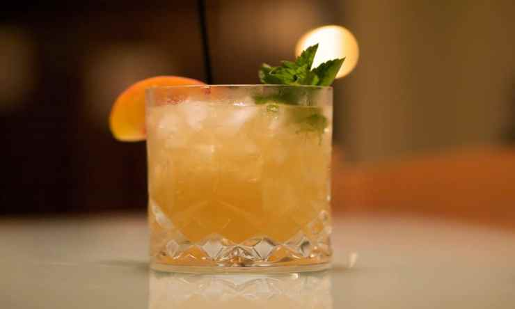 5 Great Ways To Use Fresh Herbs In Your Craft Cocktails