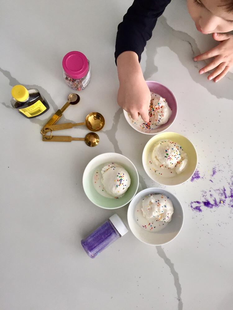 Vanilla Snow Ice Cream