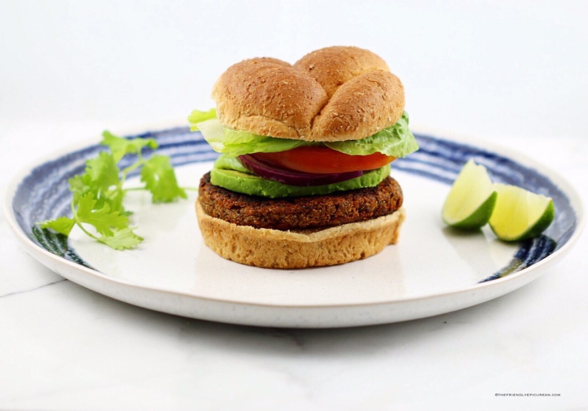 Spicy Black Bean and Quinoa Burgers