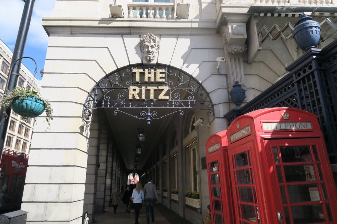 Un afternoon tea molto speciale al… The Ritz!!!