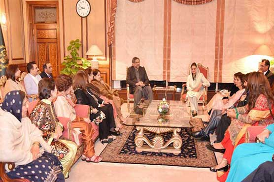 PM Abbasi and artists