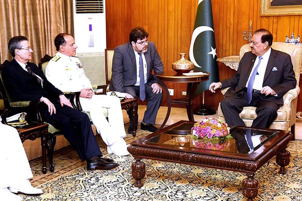APP30-31 ISLAMABAD: July 31 - Chief of the Staff of Brazilian Armed Forces Admiral Ademir Sobrinho called on President Mamnoon Hussain at the Aiwan-e-Sadr. APP