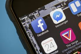 Facebook Messenger likely to return to the main Facebook app