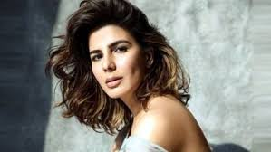 Kirti Kulhari likely to do Hindi remake of 'The Girl on the Train'
