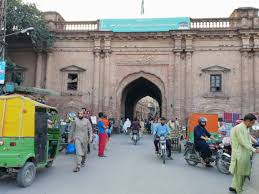 Lahore's 13 gates to bygone glory